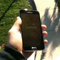 Samsung Galaxy S5 survives two story drop