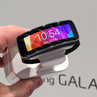 Samsung SDI reveals curved battery for wearables