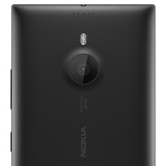 Nokia Lumia 1520 (AT&T version) sold for only $49 on contract at Microsoft Store