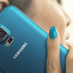 Here's why the Samsung Galaxy S5 has a perforated (dotted) back cover