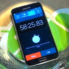 Can the Galaxy S5 survive under water as long as the IP58-certified Xperia Z2? (video)