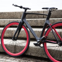 Here comes the smartphone-connected bike, the Vanhawks Valour