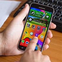 Living with the Samsung Galaxy S5, week 1: handshake