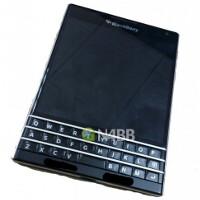 Top-shelf BlackBerry Q30 (Windermere) photos and specs leak