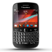 Back to the Future: You can pre-order the BlackBerry Bold 9900 once again