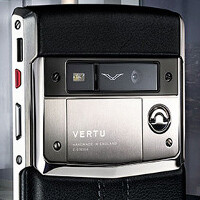 The $11,300 Vertu Signature Touch gets disassembled, no gold nuggets inside