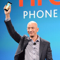"Amazon Fire Phone comes with ""dynamic perspective"" 3D interface"