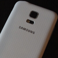Check out these photos of the Samsung Galaxy S5 mini; phone will launch next month