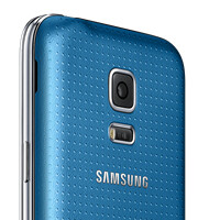 "Samsung officially unveils Galaxy S5 mini: 4.5"" Super AMOLED screen, water resistance and finger scanner"