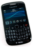 FCC gives thumbs up to the BlackBerry Curve 8520