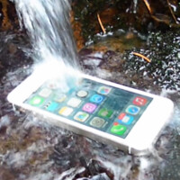 Do-it-yourself spray can make your phone or tablet resistant to water