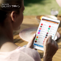 Samsung suggests that the Galaxy Tab S and Galaxy Gifts can make you happy