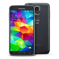 Verizon and T-Mobile versions of the Samsung Galaxy S5 each receive update