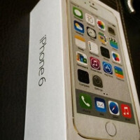 Do these pictures show the retail box of the Apple iPhone 6?