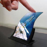Cheaper, easier to make flexible OLED displays might hit the shelves by the end of 2014