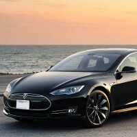 Tesla Model S owners will be able to start the car with their iPhones, and possibly Android phones