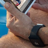 Sony Xperia Z3 Tablet Compact and Android Wear smartwatch both accidentally leak in one photo