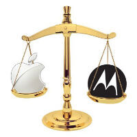 Apple files to block Moto Aware, Motorola scrambling for update