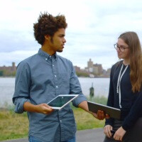 Samsung takes the Apple fight to the streets with new Galaxy Tab S vs iPad advert