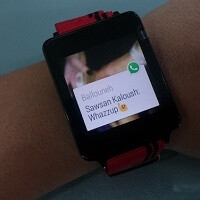 WhatsApp brings Android Wear support out of beta