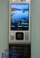 Sony Ericsson's C905a runs into paparazzi, heads to AT&T stores?