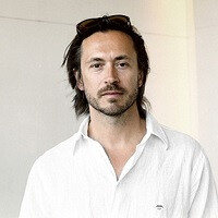 Apple has iconic industrial designer Marc Newson join the team