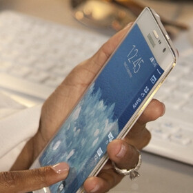 Korean analyst predicts Samsung will ship 11 million Galaxy Note 4s, and 1 million Note Edge units this year