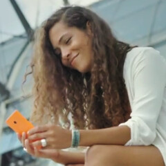 New Nokia Lumia 730 and 735 promo video is all about taking and sharing selfies