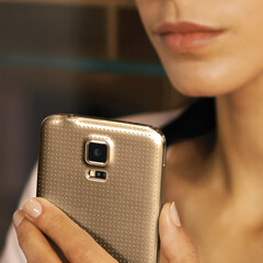 Best gold-colored smartphones