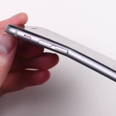 More worrying evidence of the iPhone 6 Plus' fragility: see it easily getting bent on video
