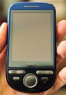 A new picture of the HTC Click has appeared