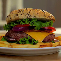 Want fries with that? Grilled Xperia Z3 burger is real (video)