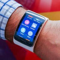 Samsung's Wi-Fi/3G-enabled Gear S smartwatch coming to all major US carriers on Nov. 7