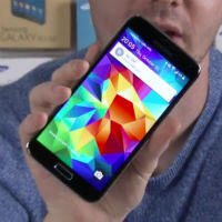 This is the new Android 5.0 build for the Samsung Galaxy S5 with more Material design