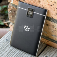 See the BlackBerry Passport survive a 20ft drop