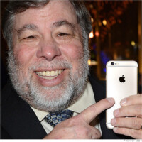 The Woz says Apple should've introduced a bigger-screened iPhone years ago
