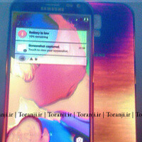 Alleged Samsung Galaxy S6 images show a completely assembled and running phone