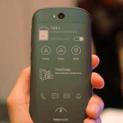 YotaPhone 2 hands-on