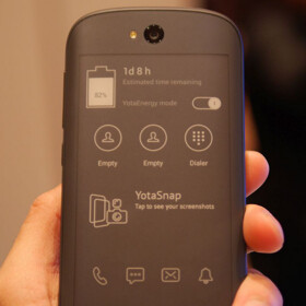 The dual-screen YotaPhone 2 will be launched by a major US carrier this year