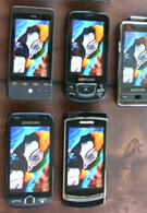 7 smartphone displays compared in a video