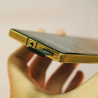 Attention, gold diggers! This Nokia Lumia 930 is covered with 24K gold, costs an arm and a leg