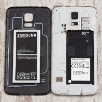Four great compact smartphones with outstanding battery life