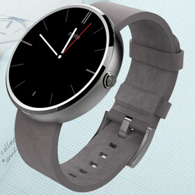 Moto 360 is the best selling Android Wear device thus far, though overall shipments didn't reach 1 million units