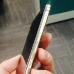 More alleged HTC One M9 Plus photos show up, physical home button visible