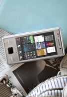 Sony Ericsson XPERIA X2 is the manufacturer's second WM smartphone