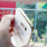 After three hours of labor, the gold-plated Samsung Galaxy S6 & edge look seriously amazing