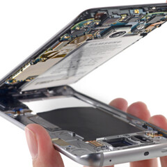 Samsung Galaxy S6 and S6 edge screen and battery replacements will be expensive