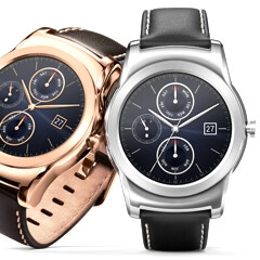 Google Store now sells the LG Watch Urbane, Apple Watch-like price tag attached; Moto 360 discounted