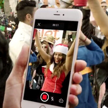 Pull epic snapshots from your party videos with Taplet, and share on the spot