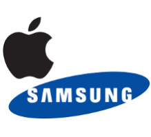 Which smartphone manufacturer was more popular last month at Best Buy, Samsung or Apple?
